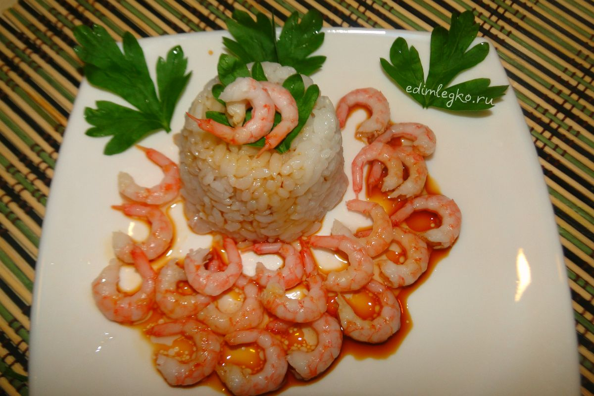 Рис с кружевами из креветок