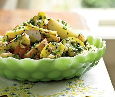 Картофельный салат с орехами