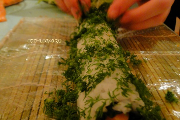 Острый ролл с лососем и угрем «Изумруд»