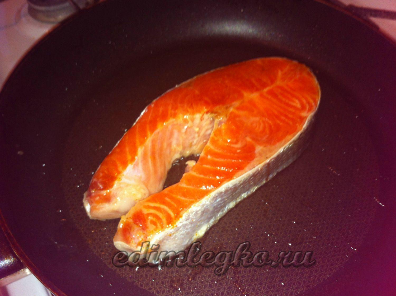 Рецепт стейка из семги на сковороде пошагово
