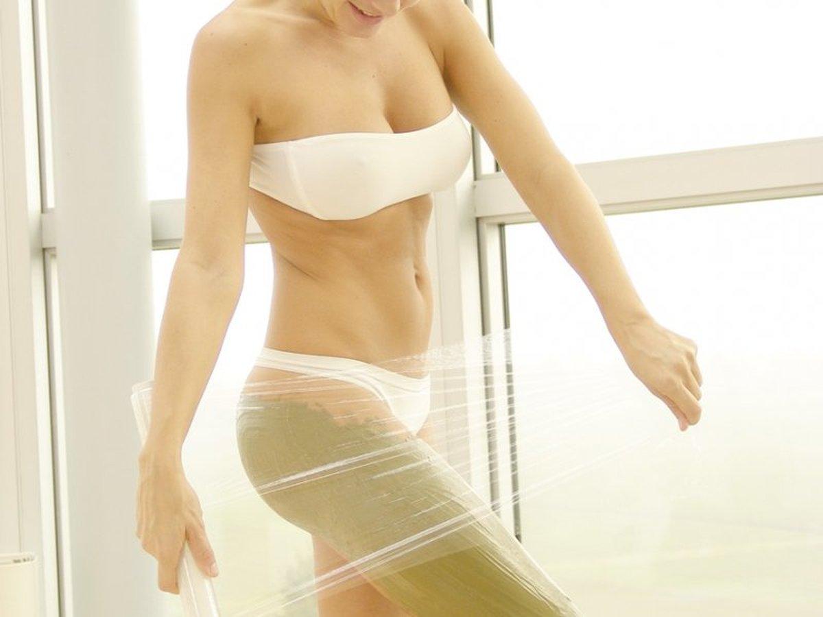 Как сделать антицеллюлитное обертывание дома