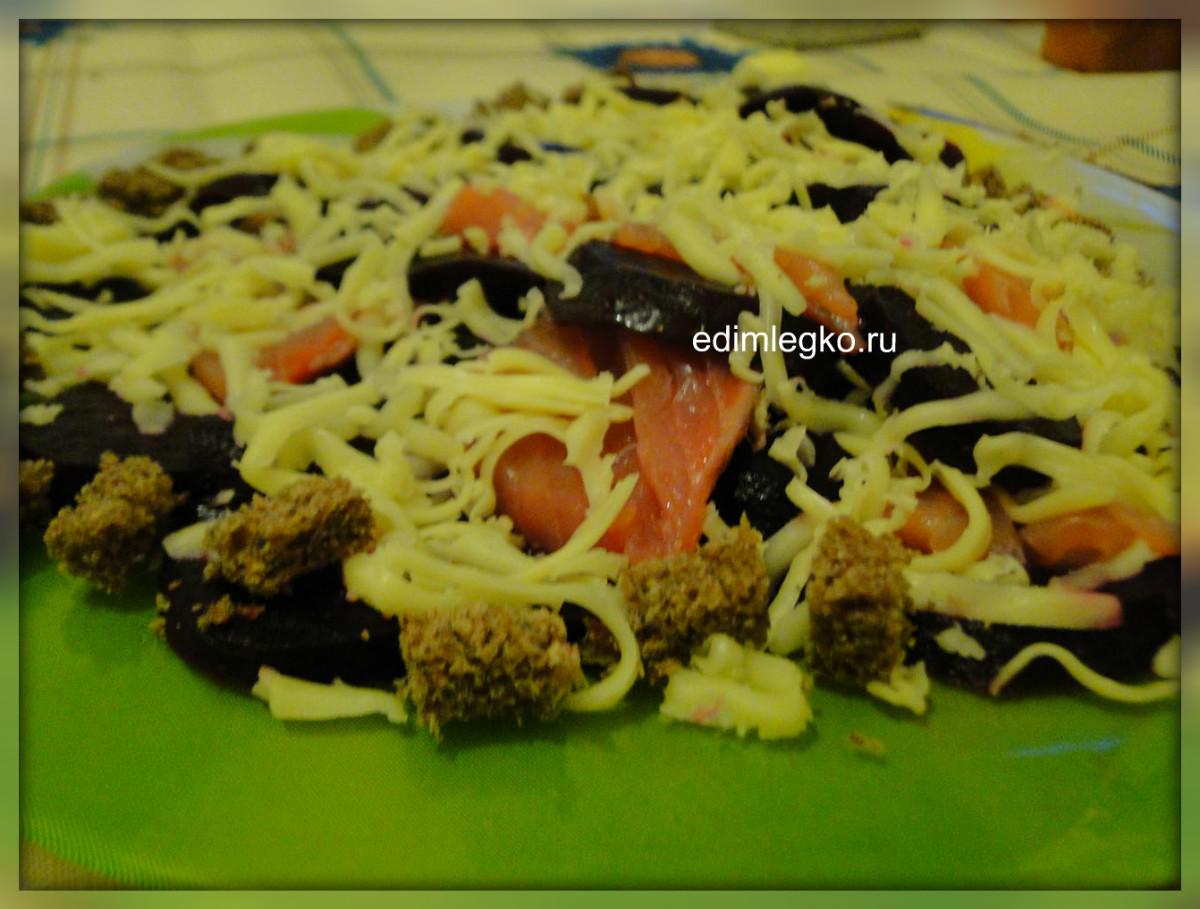Салат «Со свеклой и сыром» + лосось