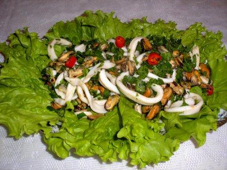 Итальянский салат с морепродуктами
