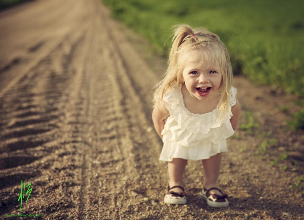 Как фотографировать детей дома