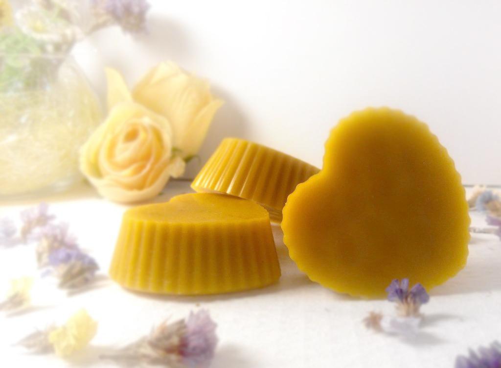 Пчелиный воск: что это такое, польза, как получают и хранят